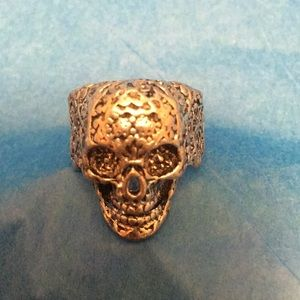 Intricate Skull Ring